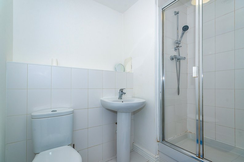 3 bedroom(s) apartment to sale in Annabel Close, Poplar, London-image 9