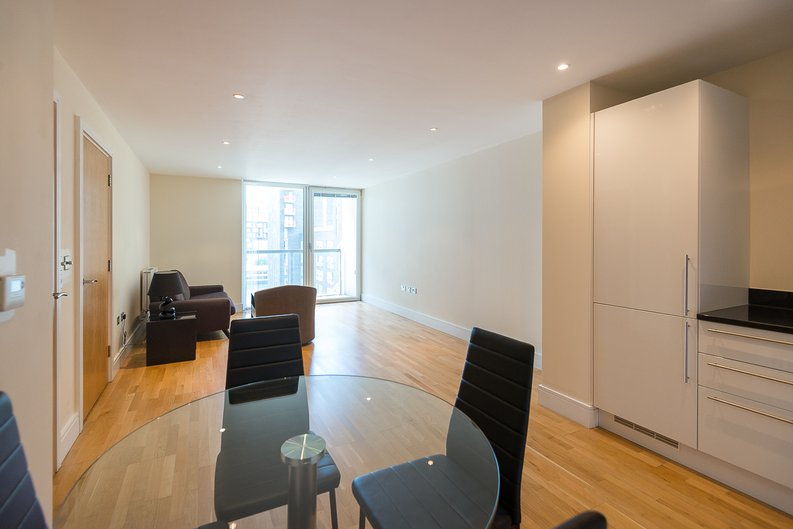 1 bedroom(s) apartment to sale in Cobalt Point, Millharbour, Canary Wharf, London-image 7
