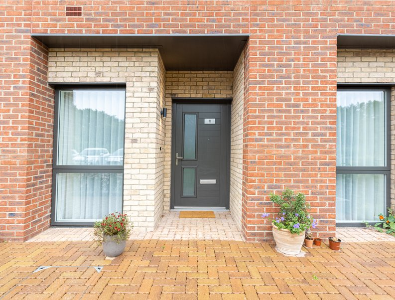 2 bedroom(s) apartment to sale in Colindale Gardens, London-image 18