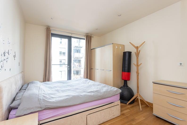 2 bedroom(s) apartment to sale in Roach Road, Hackney Wick, London-image 8