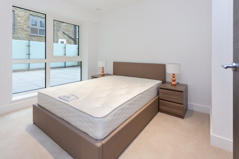 2 bedroom(s) apartment to sale in Quartz House, Dickens Yard, 12 New Broadway, Ealing-image 2