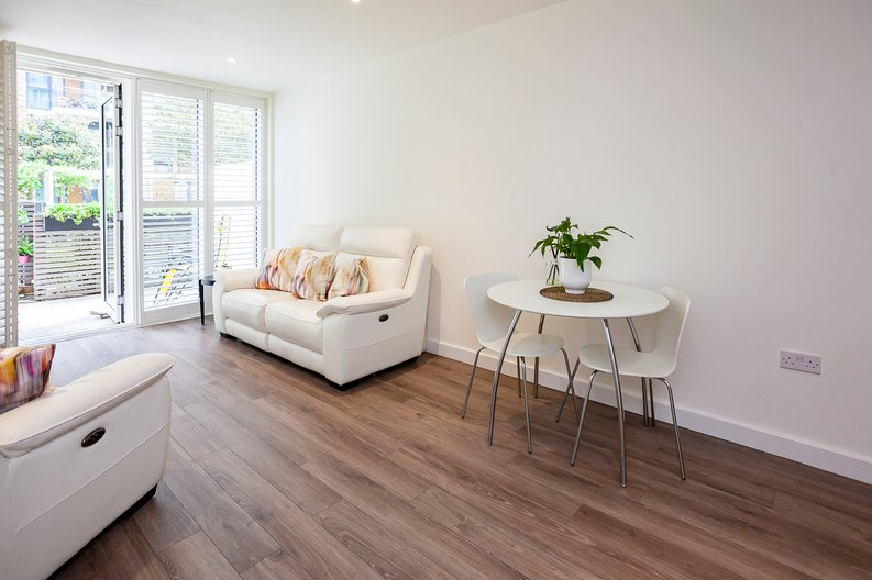 1 bedroom(s) apartment to sale in Drummond House, Victory Parade, Woolwich, London-image 14