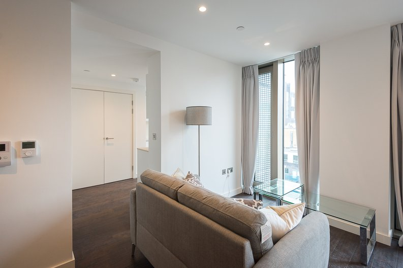1 bedroom(s) apartment to sale in Sage, 85 Royal Mint Street, Royal Mint Gardens, Tower Hill-image 8