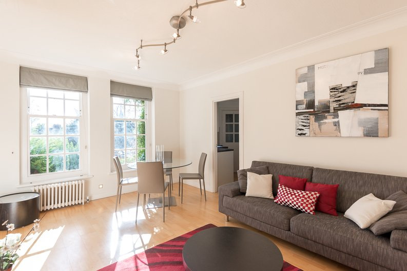 1 bedroom(s) apartment to sale in Greenhill, Prince Arthur Road, Hampstead, London-image 1