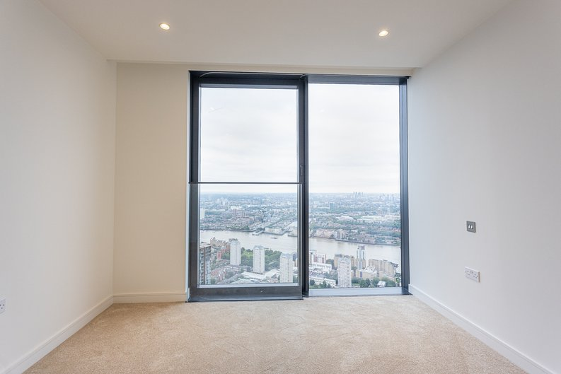 2 bedroom(s) apartment to sale in Marsh Wall, Canary Wharf, London-image 9