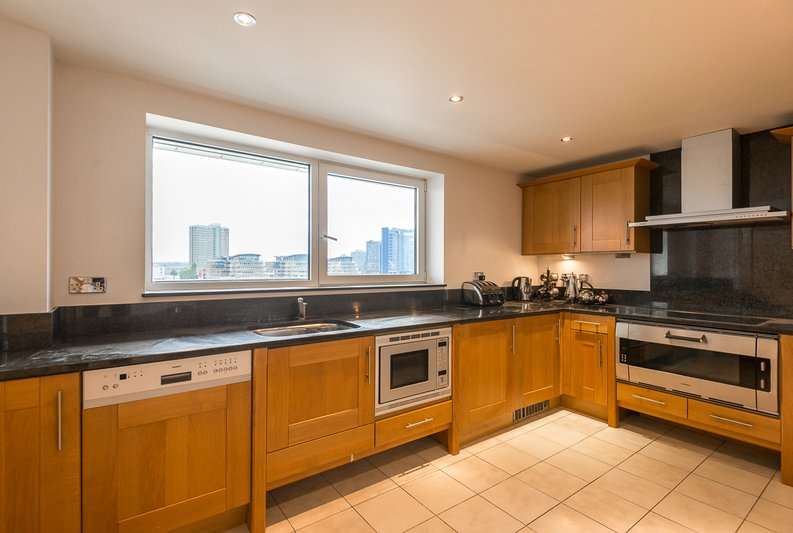 3 bedroom(s) apartment to sale in Waterside Tower, The Boulevard, Imperial Wharf, London-image 2