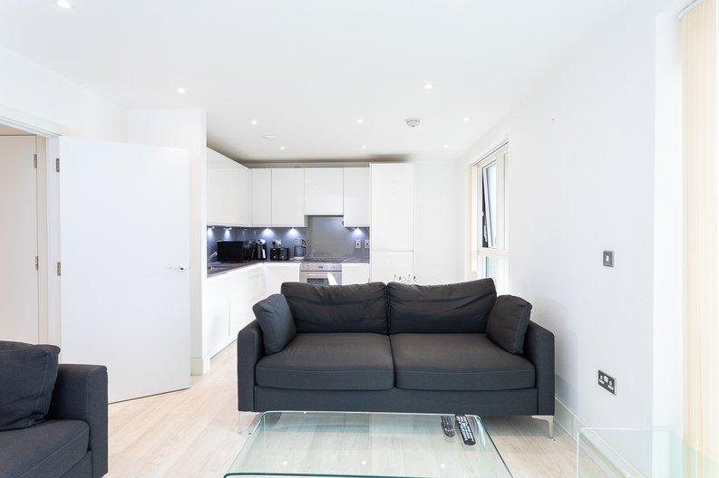 2 bedroom(s) apartment to sale in Bodiam Court, Park Royal-image 2