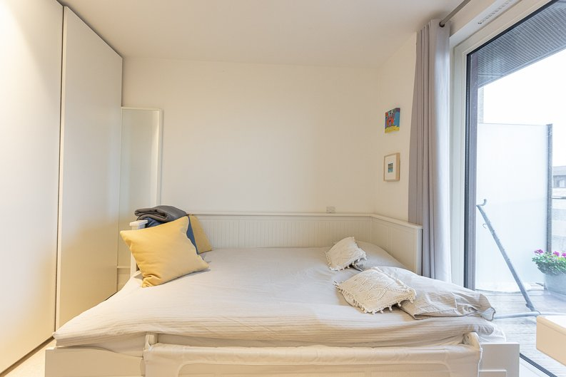 2 bedroom(s) apartment to sale in Cadmus Court, Seafarer Way, Surrey Quays, London-image 5