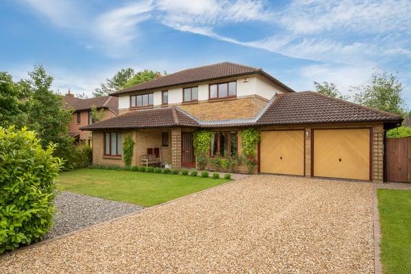 Stanway Close, Milton Keynes, Buckinghamshire Image