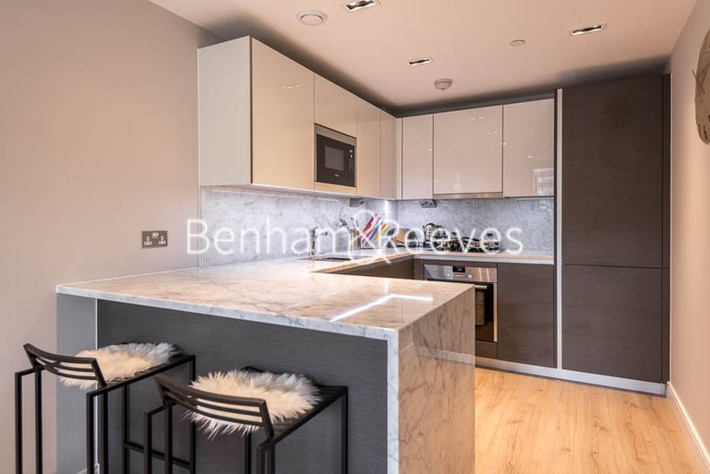 1 bedroom(s) apartment to sale in Marquis House, Sovereign Court, Hammersmith-image 3