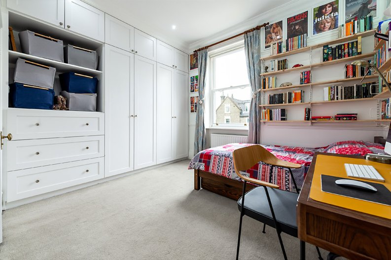 3 bedroom(s) apartment to sale in Hampstead Lane, Highgate-image 9