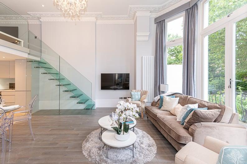 2 bedroom(s) apartment to sale in Belsize Park Gardens, Belsize Park, London-image 18