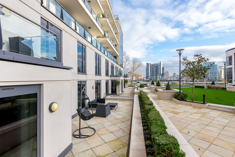 3 bedroom(s) apartment to sale in Dolphin House, Lensbury Avenue, Imperial Wharf, Fulham-image 5