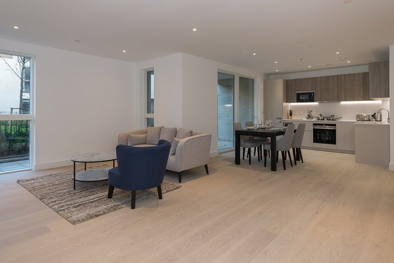 2 bedroom(s) apartment to sale in The Avenue, Brondesbury Park, London-image 2