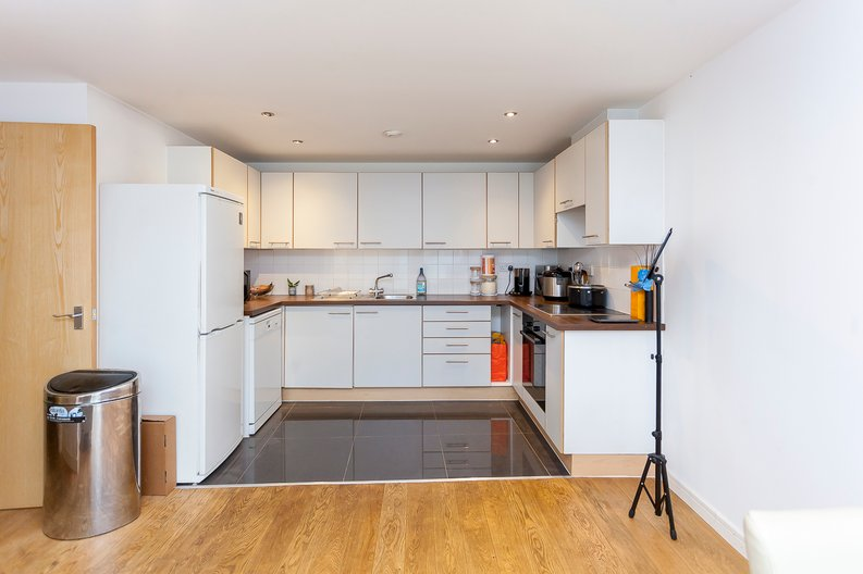 2 bedroom(s) apartment to sale in Building 50, Argyll Road, Royal Arsenal Riverside, London-image 4