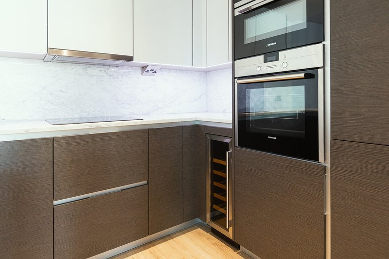 2 bedroom(s) apartment to sale in Marquis House, Sovereign Court, Hammersmith-image 23
