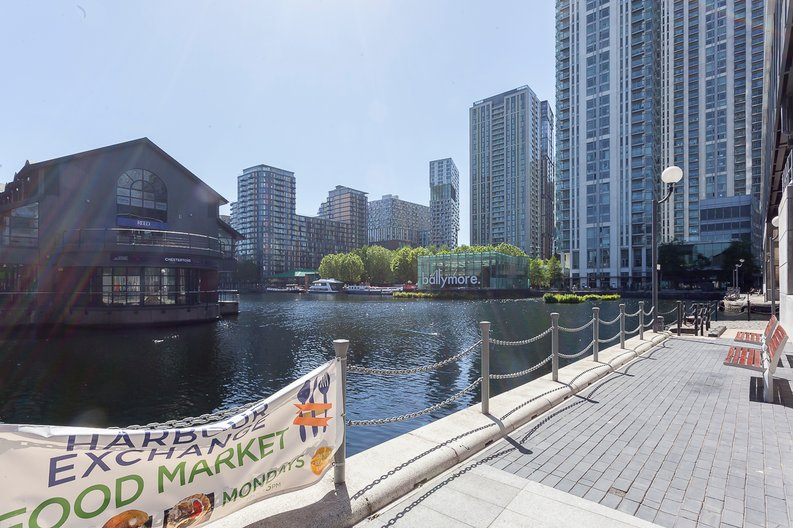 1 bedroom(s) apartment to sale in The Madison, Marsh Wall, Canary Wharf-image 21
