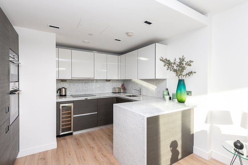 2 bedroom(s) apartment to sale in Glenthorne Road, Hammersmith, London-image 2