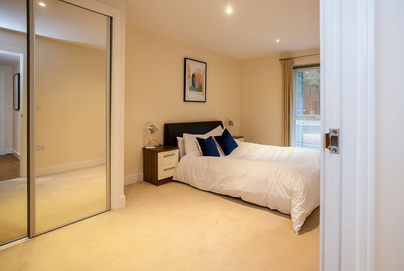 2 bedroom(s) apartment to sale in Napier House, Bromyard Avenue, Acton-image 6
