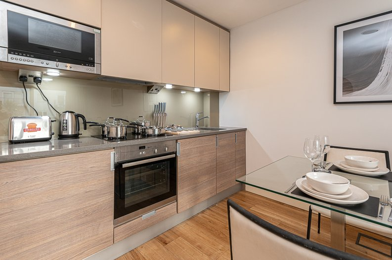 1 bedroom(s) apartment to sale in Croft House, 21 Heritage Avenue, Beaufort Park, Colindale-image 8