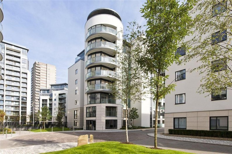 1 bedroom(s) apartment to sale in Pump House Crescent, Greater London, Brentford-image 5