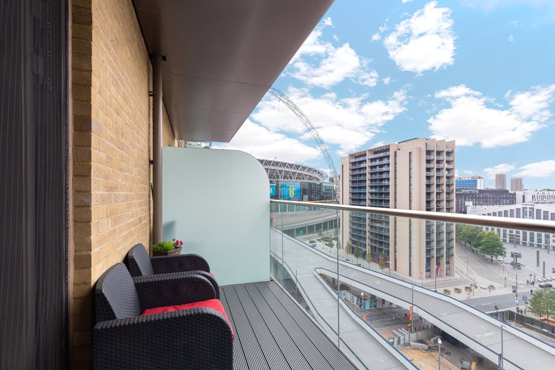 1 bedroom(s) apartment to sale in Marathon House, Olympic Way, Greater London, Wembley-image 7