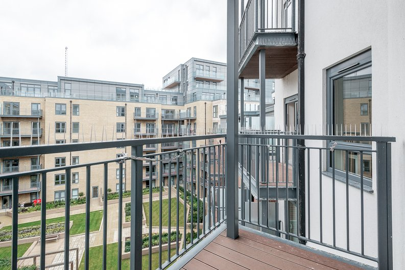 3 bedroom(s) apartment to sale in Chapman House, 24 Aerodrome Road, Beaufort Park , London-image 6