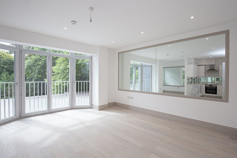 1 bedroom(s) apartment to sale in Montpelier Road, Ealing-image 2