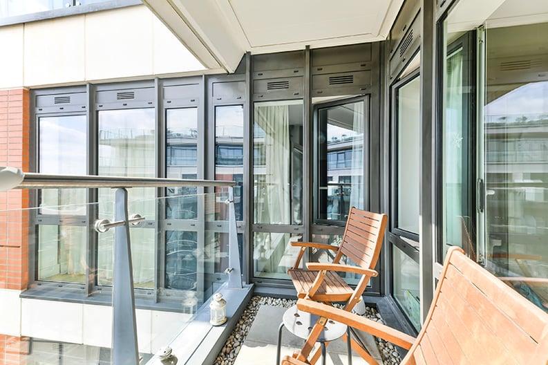 2 bedroom(s) apartment to sale in Belgravia House, Dickens Yard, Ealing, London-image 13