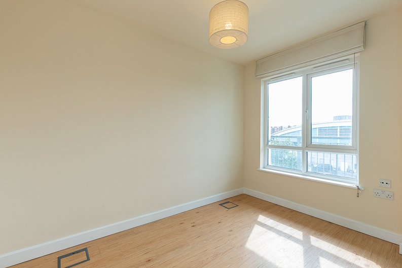 1 bedroom(s) apartment to sale in Curtiss House, Heritage Avenue, Beaufort Park , London-image 7
