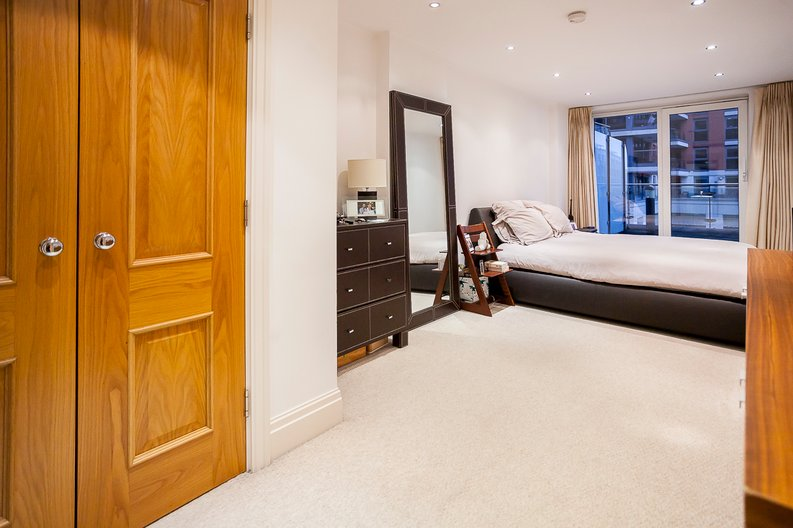 2 bedroom(s) apartment to sale in Chelsea Vista, Imperial Wharf, Fulham-image 20
