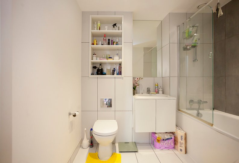 1 bedroom(s) apartment to sale in Clement Court, Howard Road, Greater London, Stanmore-image 6