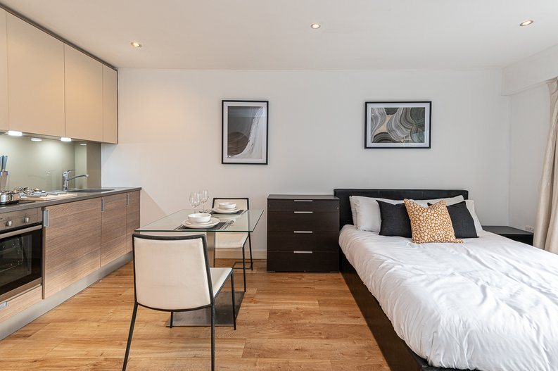 1 bedroom(s) apartment to sale in Croft House, 21 Heritage Avenue, Beaufort Park, Colindale-image 4