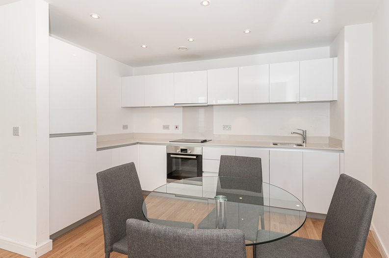 1 bedroom(s) apartment to sale in Waterside Apartments, Goodchild Road, London-image 2
