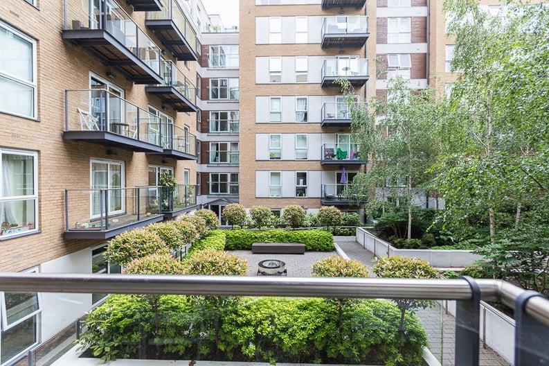 1 bedroom(s) apartment to sale in Bromyard Avenue, Napier West, London-image 10