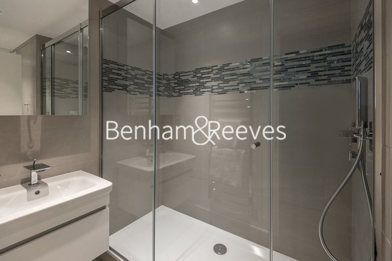 1 bedroom(s) apartment to sale in Clarges Mews, London-image 4