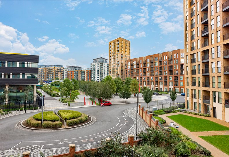 2 bedroom(s) apartment to sale in Lismore Boulevard, Colindale, Colindale Gardens, London-image 12