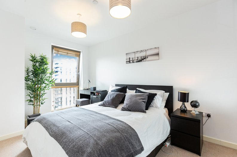 1 bedroom(s) apartment to sale in Marathon House, Olympic Way, Greater London, Wembley-image 5
