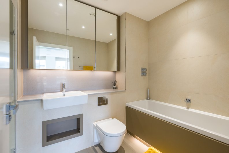 2 bedroom(s) apartment to sale in Westbourne Apartments , Central Avenue, Fulham Riverside, London-image 16