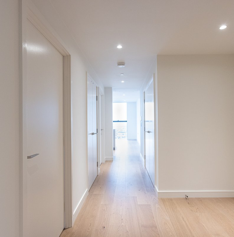 2 bedroom(s) apartment to sale in Marsh Wall, Canary Wharf, London-image 4