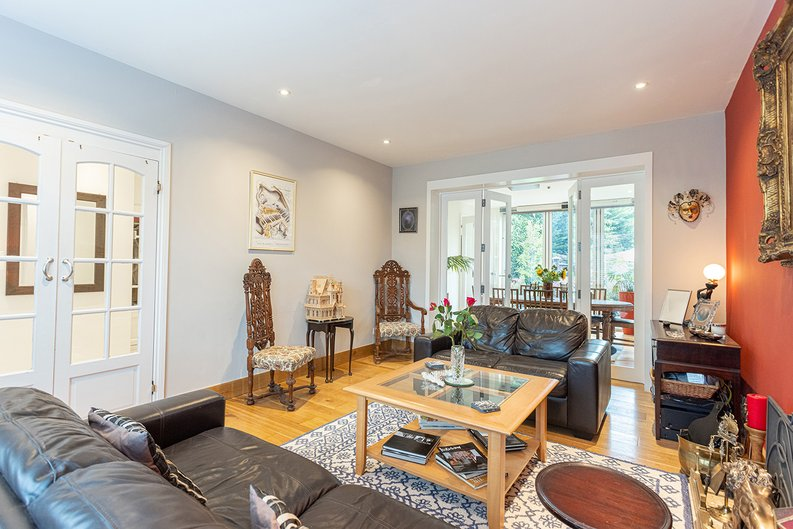 4 bedroom(s) house to sale in Hale Lane, Mill Hill, London-image 42