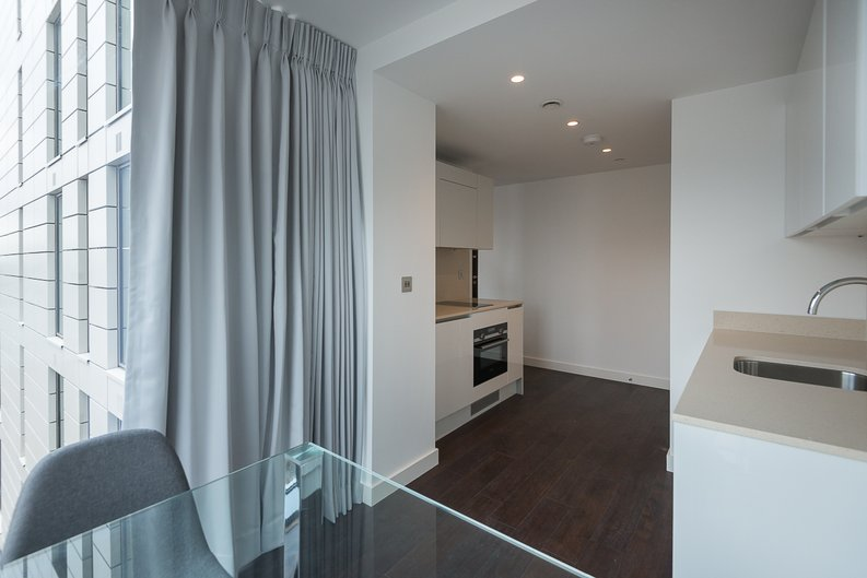 1 bedroom(s) apartment to sale in Sage, 85 Royal Mint Street, Royal Mint Gardens, Tower Hill-image 5