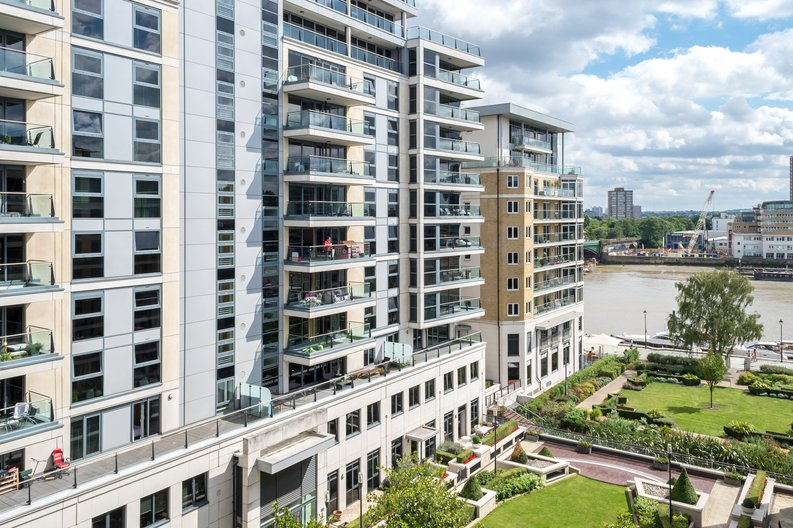 2 bedroom(s) apartment to sale in Regal House, Lensbury Avenue, Imperial Wharf, London-image 9