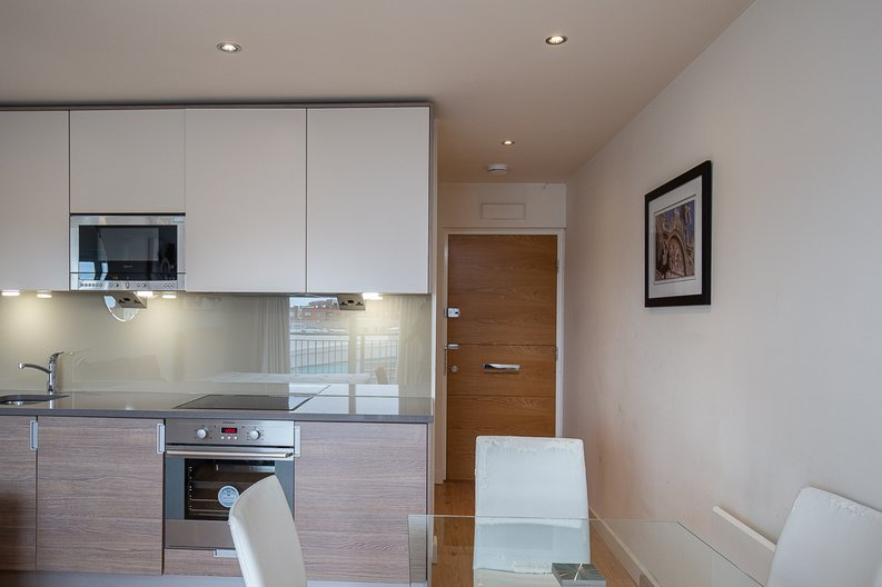 1 bedroom(s) apartment to sale in Curtiss House, 27 Heritage Avenue, Beaufort Park, Colindale-image 7