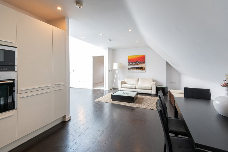 1 bedroom(s) apartment to sale in Gore House, Drummond Way, Islington, London-image 15
