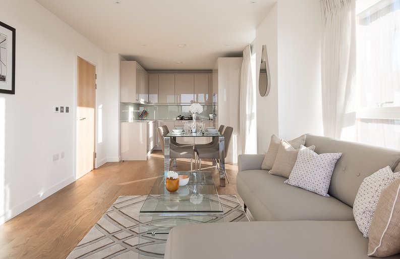 2 bedroom(s) apartment to sale in Reverence House, 8 Lismore Boulevard, Colindale Gardens, Colindale-image 5