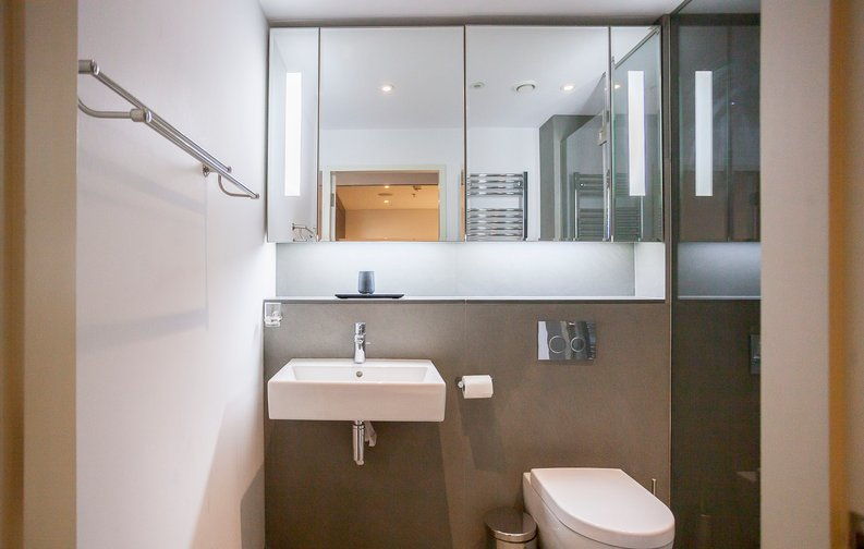 2 bedroom(s) apartment to sale in Marconi House, 335 Strand, London-image 12