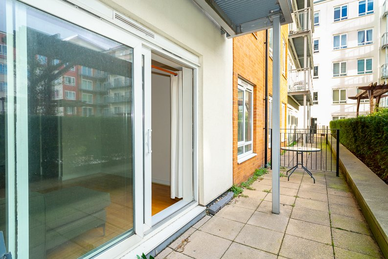 1 bedroom(s) apartment to sale in Arctic House, Heritage Avenue, Beaufort Park, Colindale-image 8