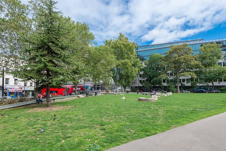 1 bedroom(s) apartment to sale in Stepney Way, Silk District,, White Chapel, London-image 8