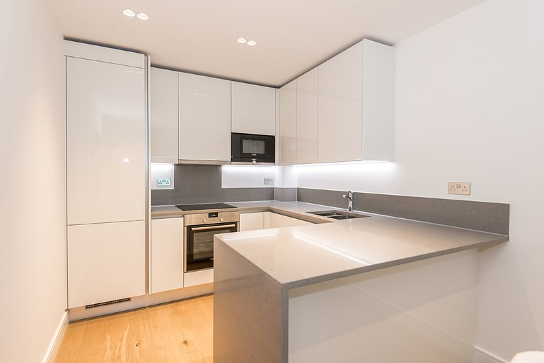 1 bedroom(s) apartment to sale in Vista House, Dickens Yard, Ealing-image 2